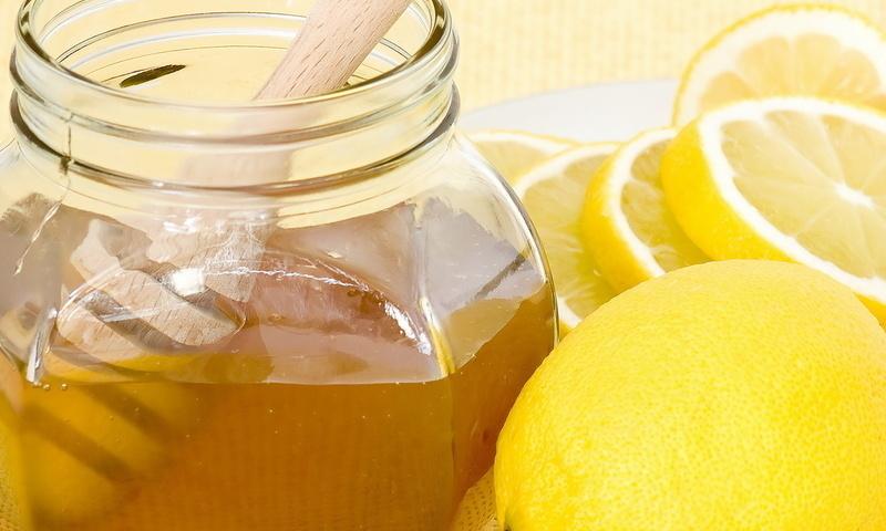 Маска «Лимон и мед»