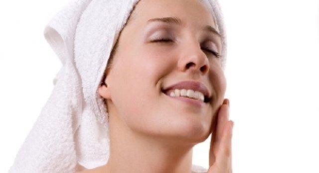 Народное средство из овсянки для увядающей кожи вокруг глаз