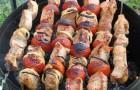 Шашлык из баранины с арахисом под соусом чили