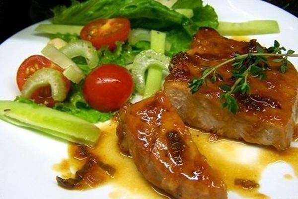 Шашлык из свинины под кисло-сладким соусом