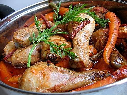 Барбекю из курицы с рисовым фаршем