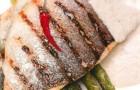 Филе морского окуня со спаржей и грибным капучино