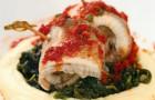 Филе судака со шпинатом на картофельном пюре