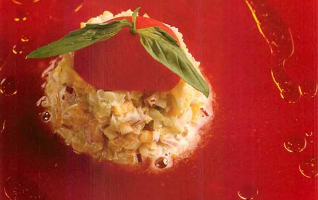 Гаспачо с тартаром из овощей
