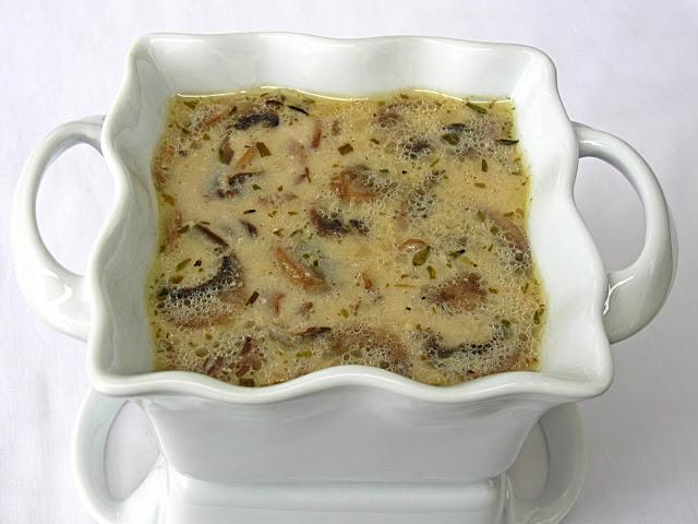 Холодный суп с сушеными грибами