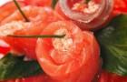 Карпаччо из помидоров с муссом из копченого лосося