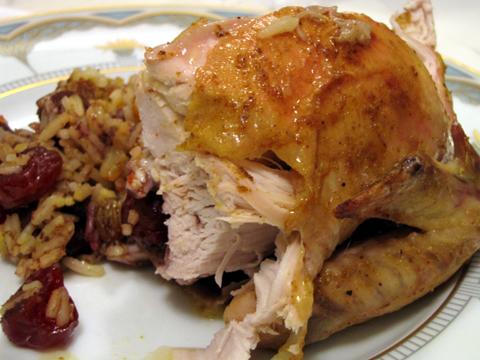 Курица, зажаренная в фольге