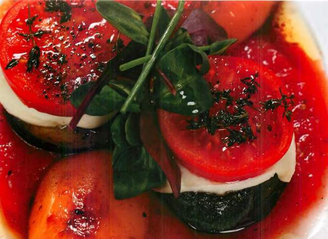 Мильфей из овощей с моцареллой