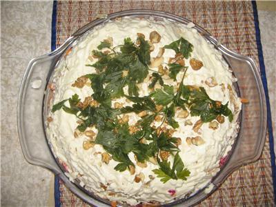 Овощной торт с грецкими орехами