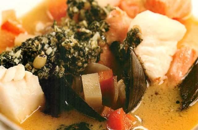 Рыбный суп с песто