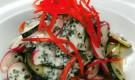 Салат из огурца и редиса под йогуртовой заправкой