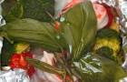 Судак, запеченный с брокколи, креветками и пряными травами