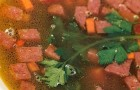 Суп из красной фасоли с копченостями