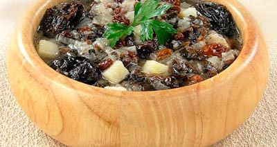 Суп картофельный грибной с черносливом и изюмом