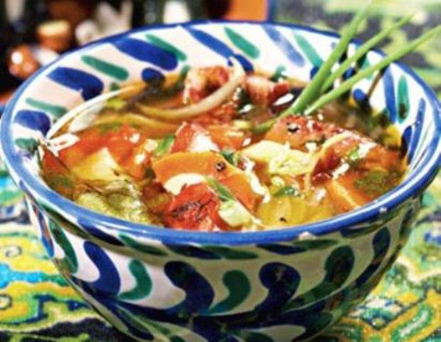 Суп-пюре из кабачков с мини-кальмарами