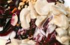 Свекла с сырно-грибным соусом