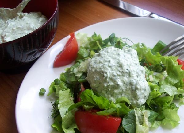 Творожный соус с зеленью