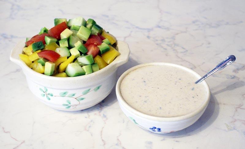Заправка из йогурта по-болгарски