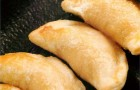 Пирожки с индейкой и китайской капустой