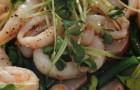 Салат с кальмарами и кенийской фасолью