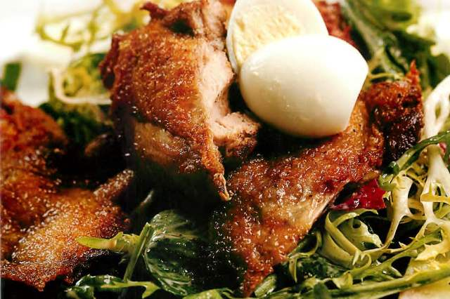 Салат с перепелкой и овощами под имбирным майонезом