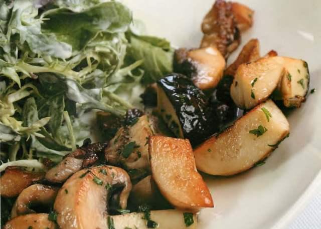 Салаты с овощами и грибами
