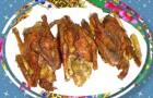 Жареные голуби под соусом
