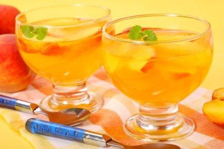 Ликер персиковый