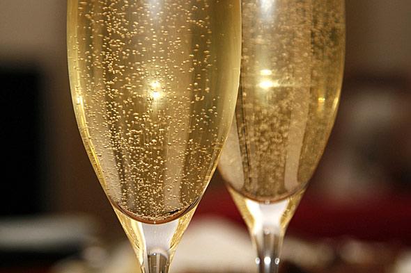 Вино ароматно-медовое шипучее