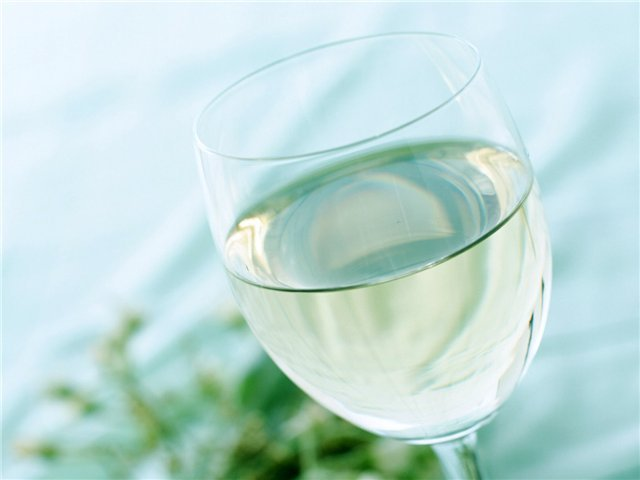 Вино березово-медовое