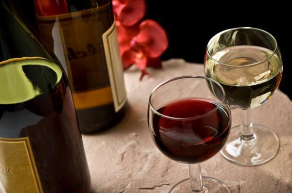 Вино черносливовое
