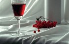 Вино краснорябиновое полусладкое