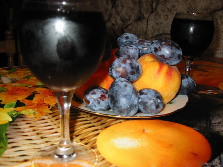 Вино сливовое десертное (второй вариант)