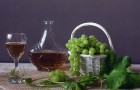 Вино виноградное ароматное