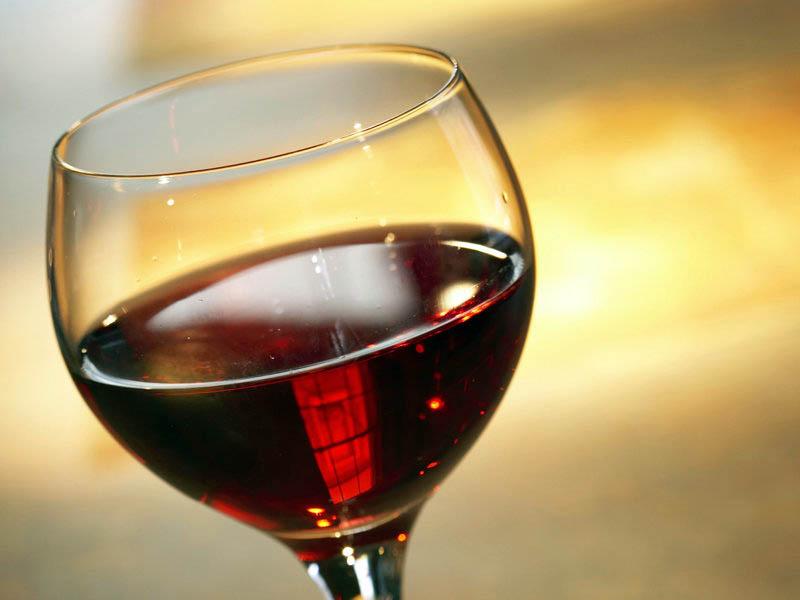 Вино яблочно-смородиновое