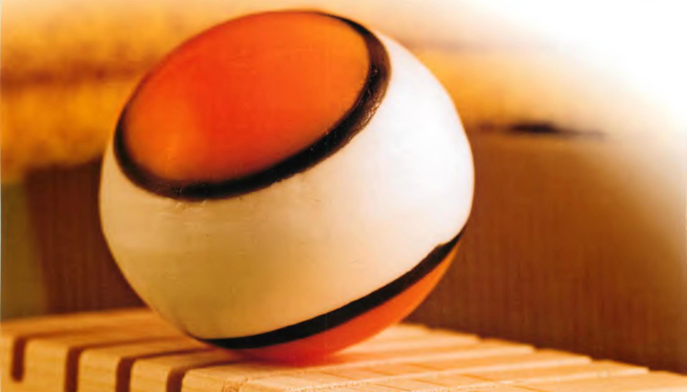Мыло в виде мячика