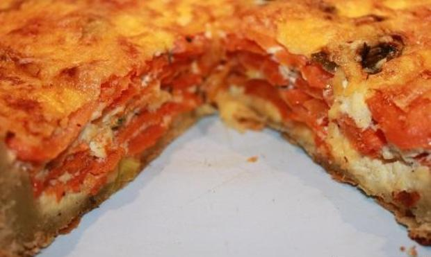 Пирог с морковью и тмином