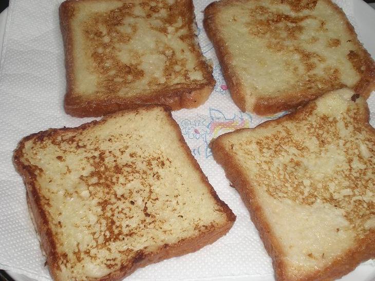 Поджаренный хлеб по-французски