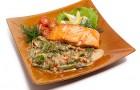 Пропаренный лосось с шармулой