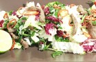 Тайский салат с маринованными огурцами