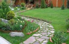 Плиточные узоры в саду