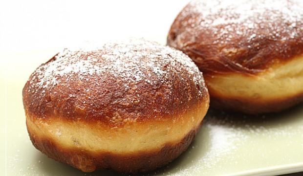 Дрожжевые яблочные пончики