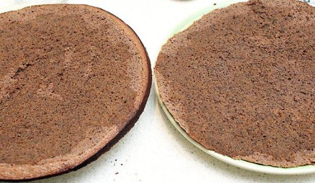 Маковый торт с йогуртом и шоколадом