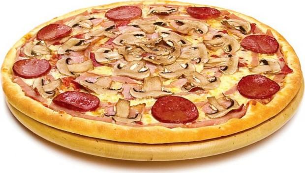 Пицца из рубленного мяса с пепперони