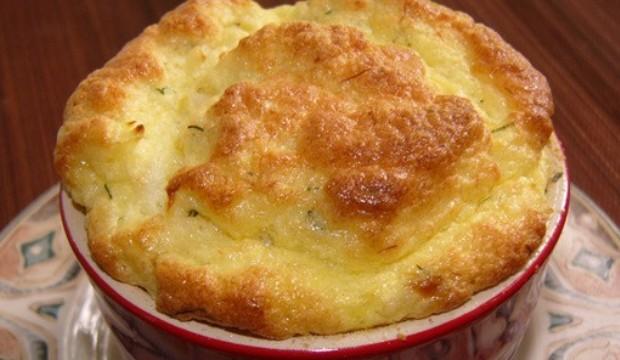 Суфле из белого хлеба с брынзой и творогом