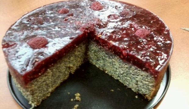 Торт маково-малиновый