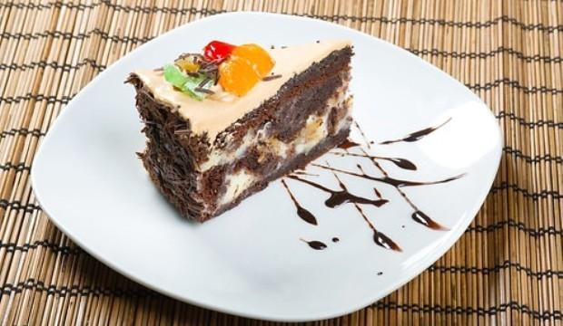 Торт с грушами и шоколадным кремом
