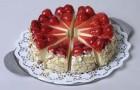 Вишнево-фисташковый торт-пирог