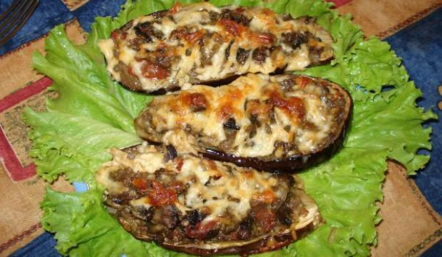 Бутерброды с шампиньонами и баклажанами