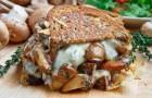 Бутерброды с шампиньонами и луком